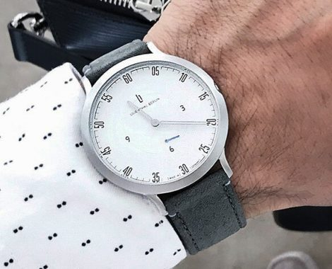 website_tiles_L1_001_watch
